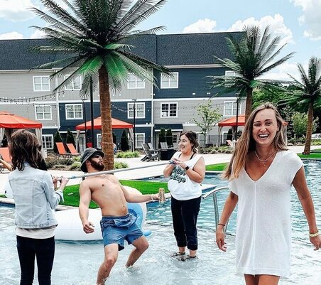 pool-party-cottages